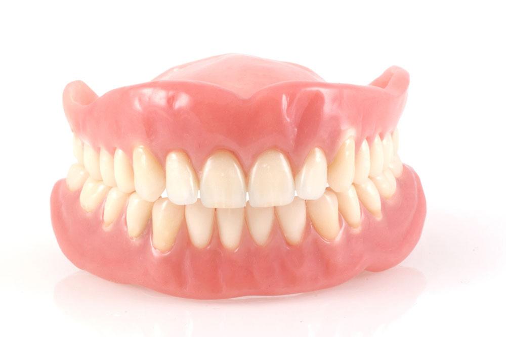 保険適用の入れ歯